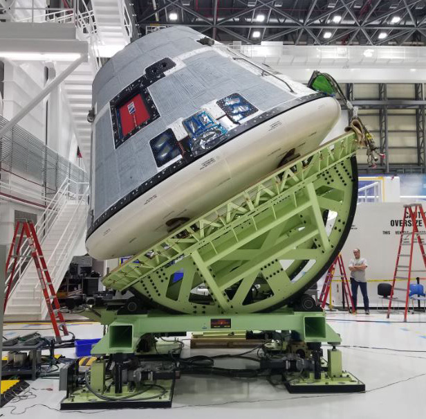 Boeing CST-100 Starliner Weight and CG of Large Objects and Spacecraft